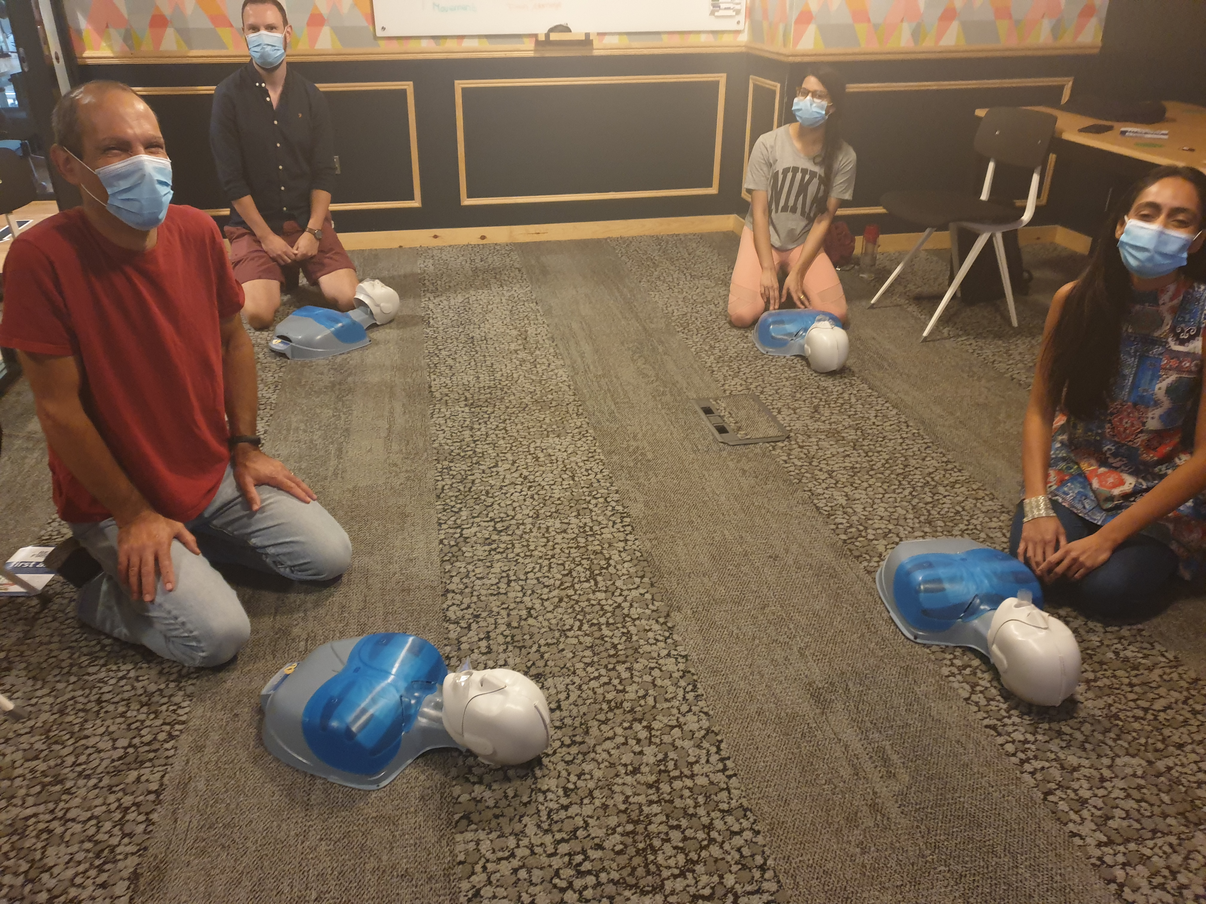 /media/firstaidtips/library/socially-distanced-first-aid-training.jpg